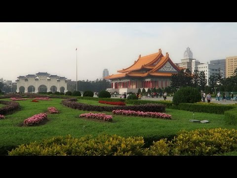 Taipei Zoo, Longshan Temple and Chiang Kai-Shek Memorial Hall
