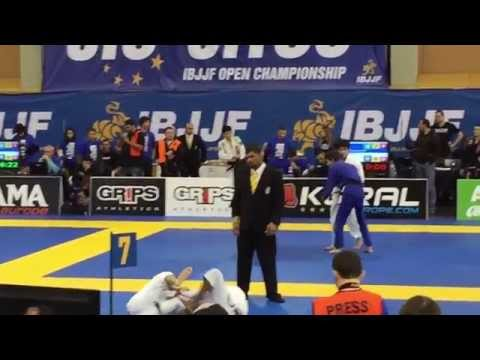 Simone Franceschini Vs Dai Yoshioka European 2015