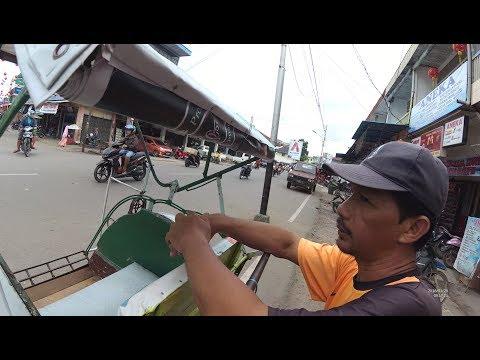 Indonesia Singkawang Street Food 2483 Part.1 Naek Becak di Singkawang YDXJ0440