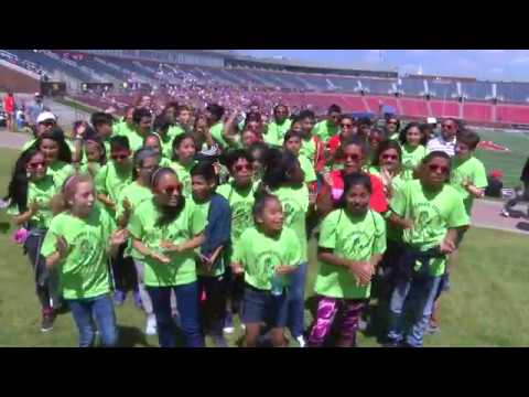 Alex Sanger Students Sing SMU Fight Song