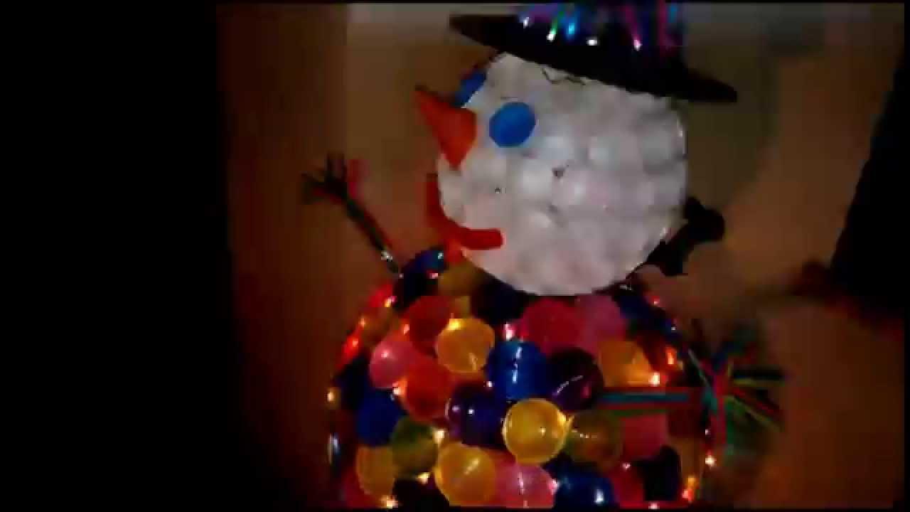 Pupazzo di neve con bicchieri di plastica e cannucce youtube for Sfere con bicchieri di plastica