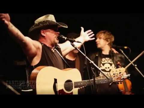Julian Austin - Live - Rockin River Music Festival - by Gene Greenwood