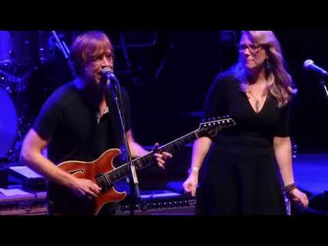 "Tedeschi Trucks Band ""Delta Lady"" w/ Trey Anastasio (Phish) 10/14/17 Beacon Theatre New York City"