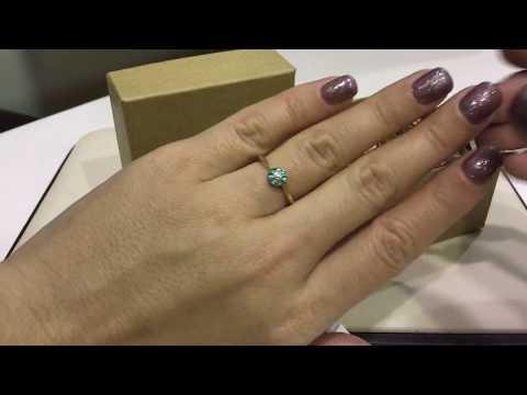 Кольцо 129 из желтого золота 585 пробы с изумрудами и бриллиантами