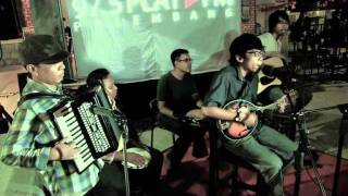 Download SEMAKBELUKAR-SEJUKNYA MATAHARI (LIVE) MP3 song and Music Video