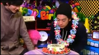 Takeru Satoh's livestream birthday, March 21, 2015. Blowing of Cake.