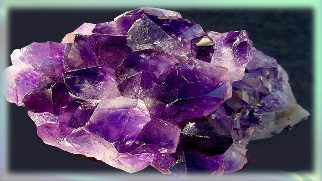 Propiedades curativas de la piedra preciosa amatista youtube for Cual es el color piedra