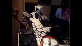 Mr. Nine11 Live on Radio... (4 Like Dj Shimza YTKO)