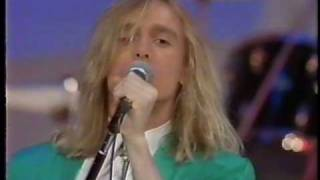 Watch Cheap Trick Aint That A Shame video