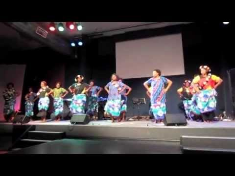 PNG Women Dancing