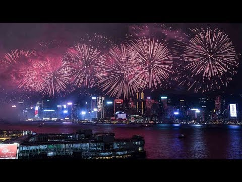 Hong Kong fireworks show united spirit, diversified cultures