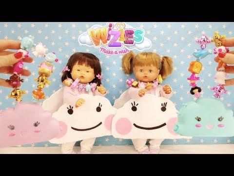 Ani y Ona son NUBES en la obra de TEATRO del cole Estrenan bolsos collares de los WIZIE
