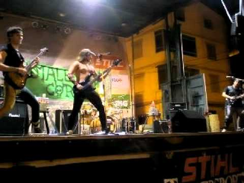 Malefius Corp- Living after midnight (Live in Cortes de Pallás)