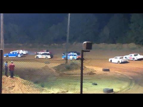 Dirt Track Racing. Street stock Southern Raceway