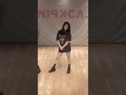 BLACKPINK - BOOMBAYAH DANCE PRACTICE Mirror [JISOO FOCUS]