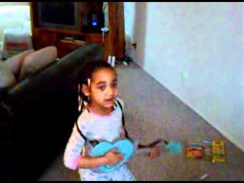 Little girl performs Rihanna