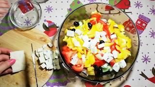 Греческий салат с сыром Горгонзола