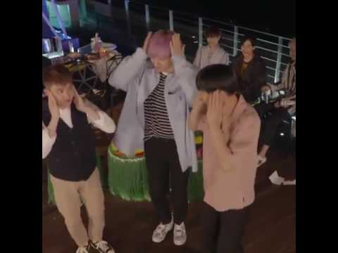 EXO Kai, Chanyeol & Kyungsoo dancing to Touch It (The War)