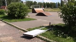 Городской парк вновь стал объектом вандалов.(, 2015-07-30T09:19:57.000Z)