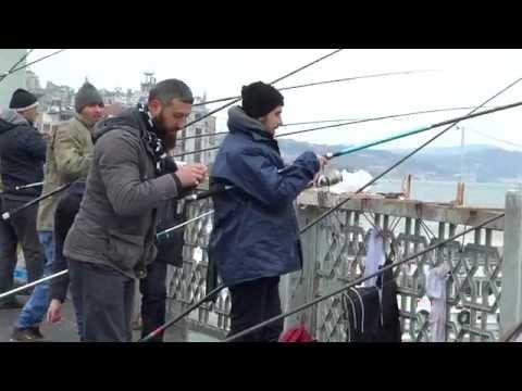 Eminönü, Galata Bridge, (Galata Köprüsü) İstanbul, Türkiye (2015-01-02)