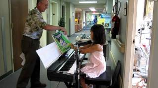 Classical Piano Show  at the Hospital 7-20-11, covers by Jasmine age 7