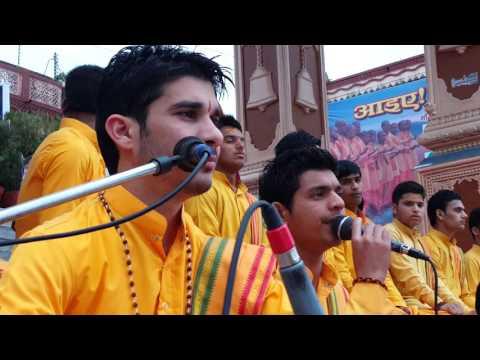 Parmarth niketan aarti rishikesh-Shiv  mahimna stotra