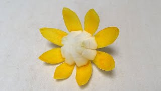 White Yellow Flower Onion   Beginners Lesson 87   By Mutita Art Of Fruit And Vegetable Carving