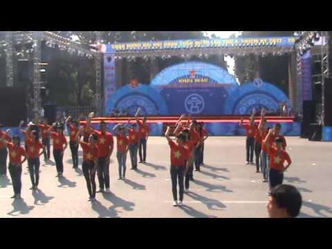 Ngày đẹp tươi Chung kết Dân vũ Hội khỏe TN Thành phố 2012.MPG