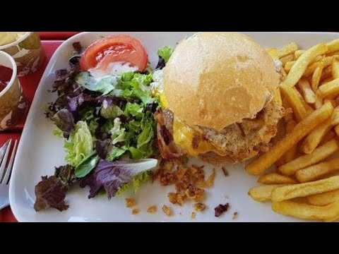 The best Burger of Luxembourg?  (NEW-YORK Burger)  (Café Bel Air) (Luxembourg) (31C°)