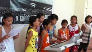 Ước mơ hồng - Trung tâm dạy nhạc Ðinh Công 2012