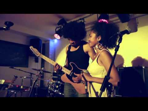 Somewhere Over the Rainbow (Joel Rabesolo et Imiangaly à Paris 11-07-15)