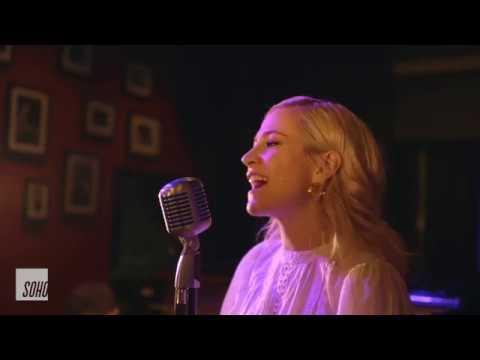 pixie-lott---fake-(live-at-soho.live-studios)