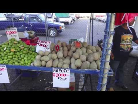 Alajuela Feria (Farmer's Market) - The Best Fruit Spot In The World?