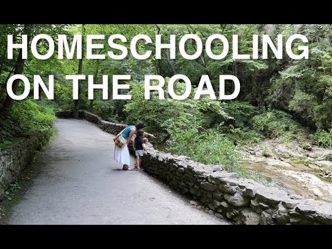 RV LIVING: Full Time RV Family * VIRGINIA NATURAL BRIDGE & HOMESCHOOLING