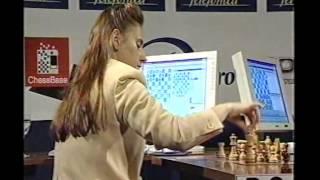 Judit Polgar vs World Champion Anand in Leon 2000