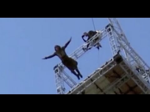 Assassin's Creed stunts - Highest Free Fall with Michael ...