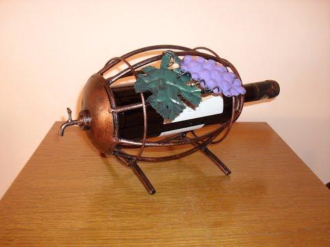 Making a barrel wine bottle holder