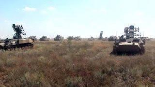 В Астраханской области и Бурятии прошли учения зенитчиков и танкистов