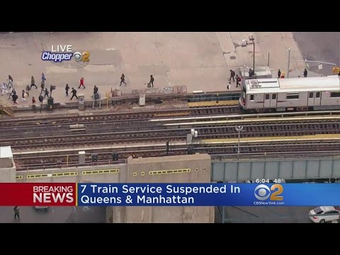 7 Train Service Suspended In Queens And Manhattan