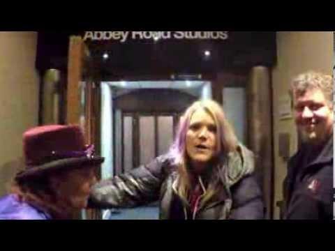 Jefferson Starship visits Abbey Road Studios