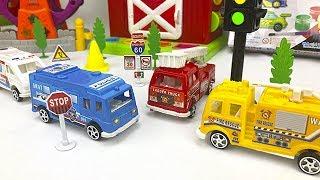 Carros de Rescate para Niños - Camiones de Bomberos, Policias y Ambulancia