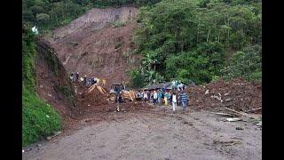 """""""Todos quedaron sepultados"""": crudos relatos de familias de personas fallecidas tras alud de tierra"""