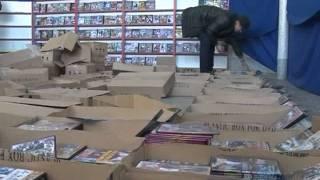 видео Оренбургские таможенники задержали контрафактные товары