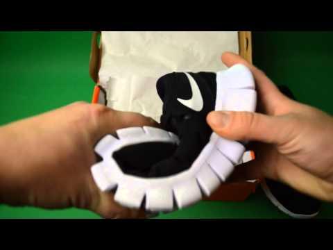 Obzor Nike Free Run Black White