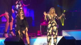 "Martina McBride and Lauren Alaina Duet on  ""This One"