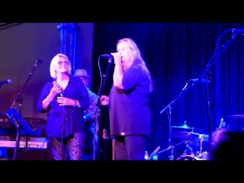 Bonnie Bramlett & Tracy Nelson, When Something Is Wrong With My Baby