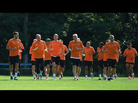 Open training session before the match against Dynamo