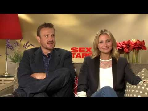 SEX TAPE - Cameron Diaz and Jason Segel On the Mysterious Cloud Scene