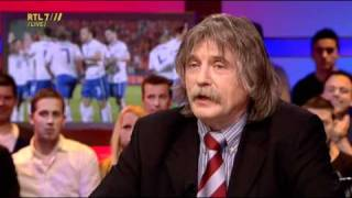 Voetbal International 28-03-11 -