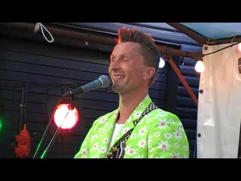 Go'Nat Bagsværd 27. maj 2016 med Mig og Bonden (Shu-Bi-Dua. Cover-duo) del.2